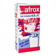 Afrox - Leche Milch entera con Vitamins A,D,E 1l Tetrapack hergestellt auf Teneriffa